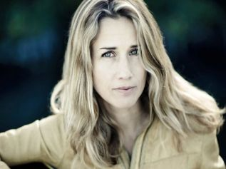 Heather Nova | Singer / Songwriter